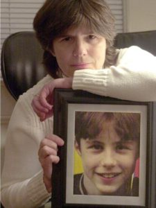 Helen Haskell founded Mothers Against Medical Errors after her 15-year old died. Source USA Today - http://www.usatoday.com/story/news/nation/2014/08/05/foreign-objects-in-bodies-federal-hospital-reporting-changes/13467829/
